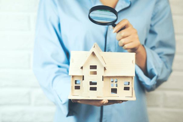 Frau will Verkehrswert für Immobilie ermitteln